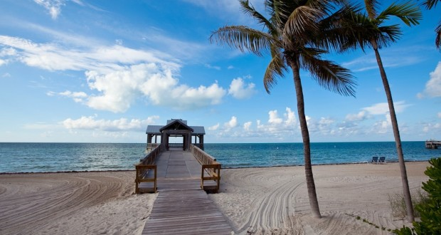 usa-fl-keywest-beach-pier-620x330