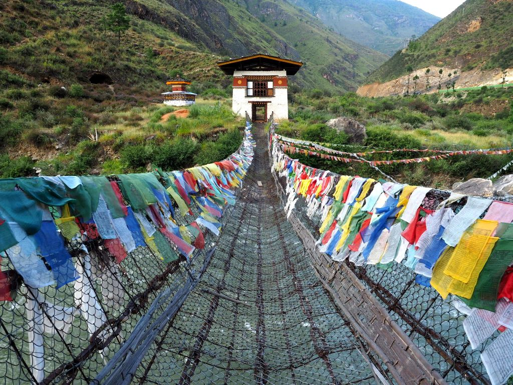 Himalayan travels, where to go in Himalayas, Himalayan countries, Bhutan travels, where to go in bhutan, fun facts about bhutan, random facts about bhutan, tigers nest monastery, paro bhutan, thimpu bhutan, what to see in bhutan, bhutan travel guide, where is bhutan,