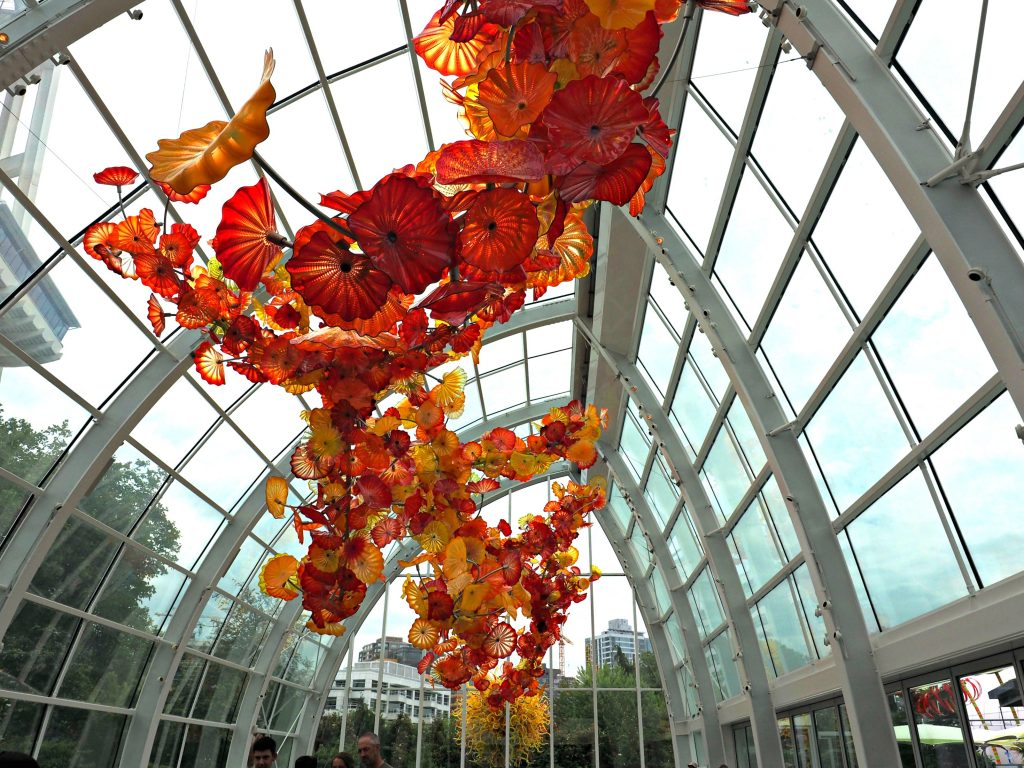 Chuhuly seattle, chihuly exhibit seattle, seattle city guide, what to see in seattle, seattle city guide, best places to visit in seattle