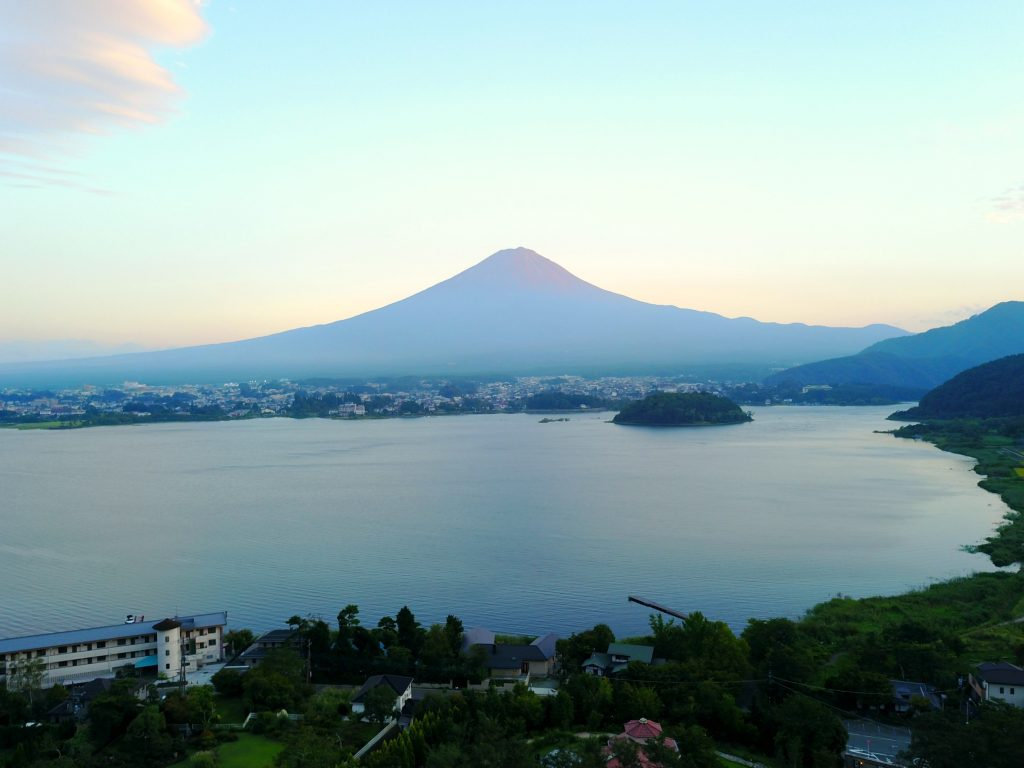 Mount Fuji hotels, where to stay at Mount fuji, luxury hotel by mount fuji, mount fuji hotels, hoshinoya, hoshinoya hotels, japan, where to stay in japan, luxury hotels japan,best hotels to stay in japan, hoshinoya mount fuji, luxury japan hotel